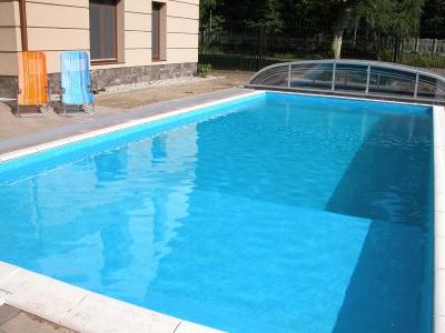 Balatonszemesen a strandtól 100 méterre  medencés luxusapartmanok kiadó max. 2 + 2 fő részére Fsz. 1. jelű apartman