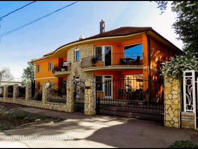 Vermietet Appartement in Siófok 35 Meter vom Ufer im mediterranen Stil für 5-6 Personen